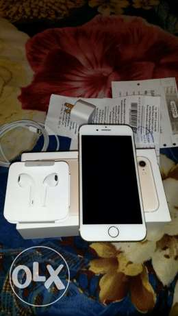 hi Frnds I hav Iphone 7 128gb gold box pics 1 month old need condition