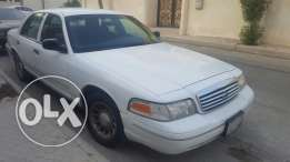 Ford crown Victoria at 11,000 !! (Renewed istimara) good condition.