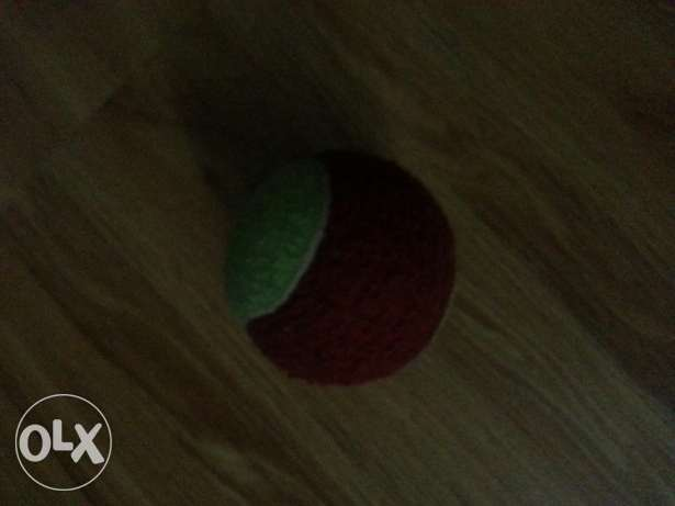 Red+green ball