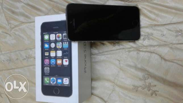 Want iphone 5s swap with iphone 6 or 6s with also give money