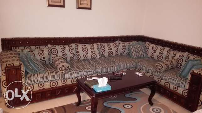500 SAR used living room for sale الظهران -  3