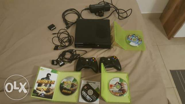 Xbox 360 500GB with video games