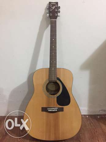 Yamaha F310 Acoustic Guitar - Perfect for Beginners