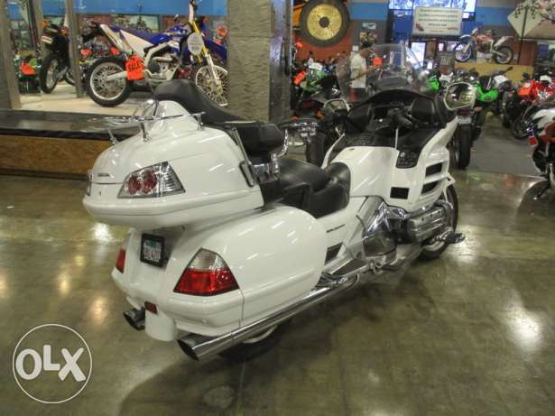 2006 Honda gold wing audio comfort Navi ABS for sale.