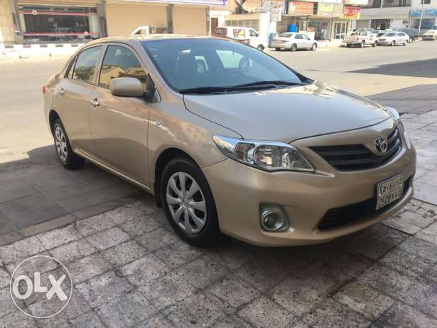 Well maintained Toyota corolla 2013 final day