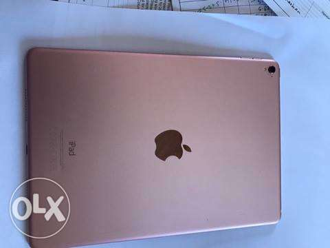 i pad for sale الخبر -  3