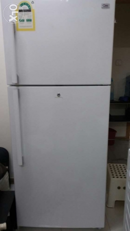 Class Fridge 16 Cu. Feet Family size, electricity saver for sale.