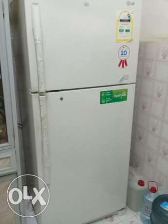 Selling lg fridge