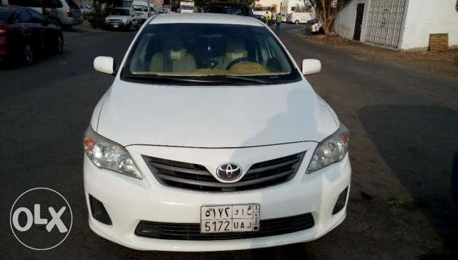 Corolla xli automatic Power windows good condition 2013 last month mod