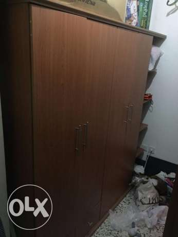 Four Door Wardrobe with Shelves on the side جدة -  2