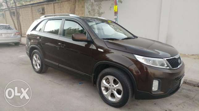 Family Used SUV neat and clean 3.3 liter V6 الرياض -  2