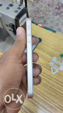 I phone 5s gold color الدمام -  3