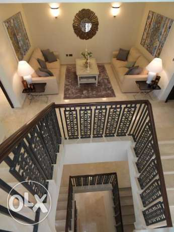 Luxurious villa in palm jumeira dubai 4bedroom +maidroom/driver الغاط -  5