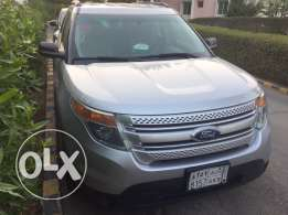 For sale Ford Explorer 2012 four wheel drive standard