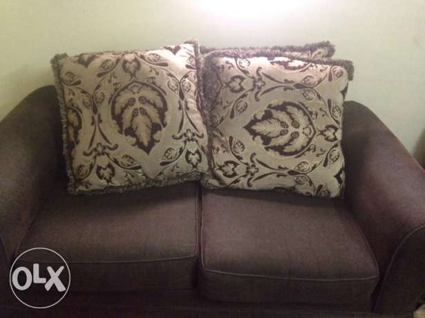 sofa in very good condition made in usa
