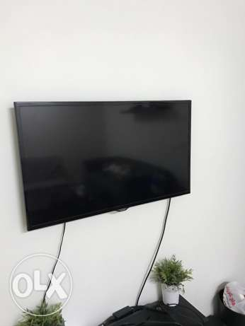 Samsung 40'' LED FULL HD in excellent condition used for 1 year