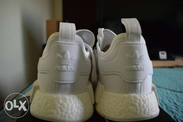 NMD R1 Triple White (DS) US 10.5