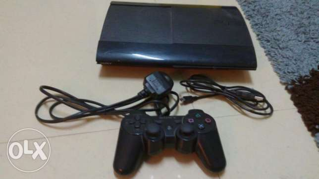 PS3 excellent condition 500GB 6 games