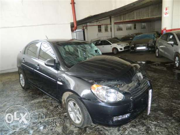Hyundai accent 2010 model Original parts for sale