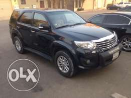 Toyota fortuner automatic 4×4 2013 mint condition