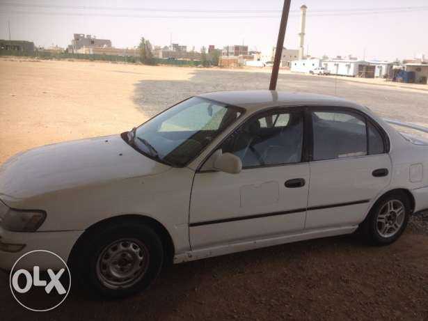 toyota 1995 corolla with brand new aircond compressor الرياض -  3