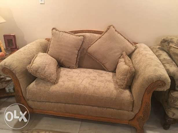 American couches الظهران -  1