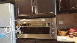 Built in cooker and oven