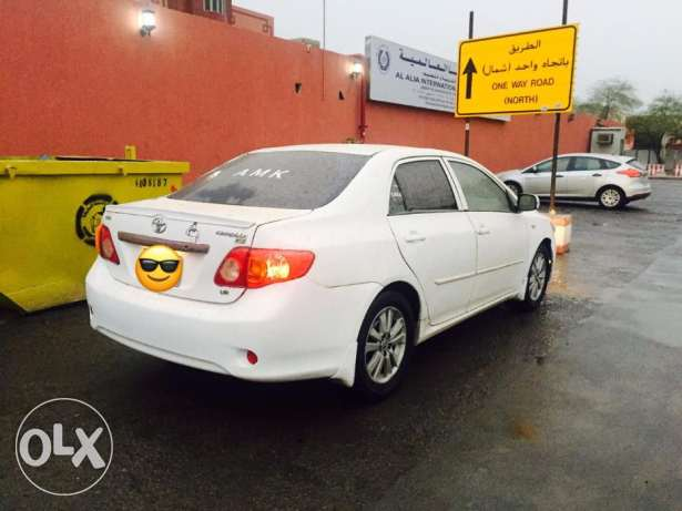 toyota corolla 2010 execllent condition (negotiable)