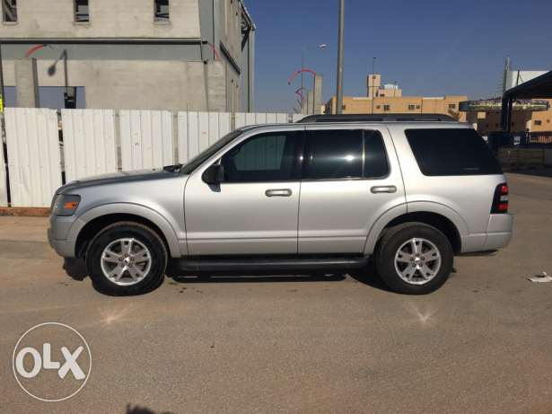 Ford Explorer 2010 Automatic 4*4