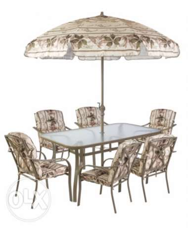 Dining table from SACO + 6 chairs + umbrella