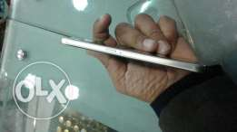 I want to sell my galaxy s6 32 gb in gold .fresh condition single hand