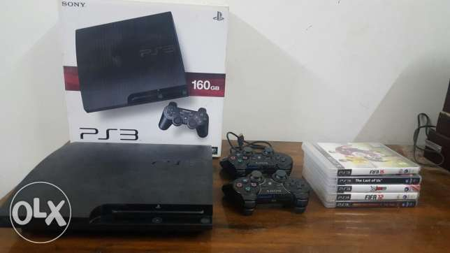 PS3 160GB With 2 Controllers and 5 games