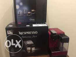 Nespresso Latissima Touch Coffee Machine RED + Freebies