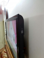 Samsung Flat wall Television (Very very good condition)