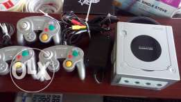 game for sale with 2 games  5 remotes for sale