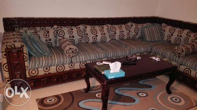 500 SAR used living room for sale الظهران -  1