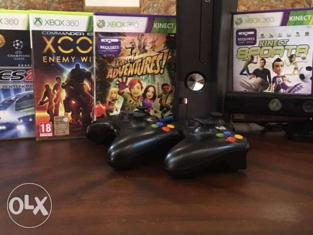 Xbox 360 with kinect + 5 games