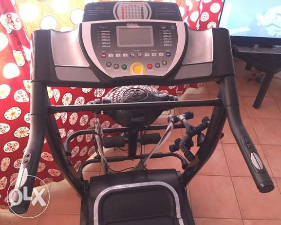 Treadmill with 120kg payload, massager head and MP3 player