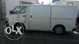 Toyota hiace 2012 model