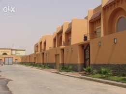 Luxurious villa for rent in small compound in king Abdullah distr